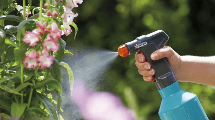 Ручной опрыскиватель: как выбрать садовый аппарат для опрыскивания цветов и  деревьев? Ремонт механического устройства для химии. Какие виды бывают?