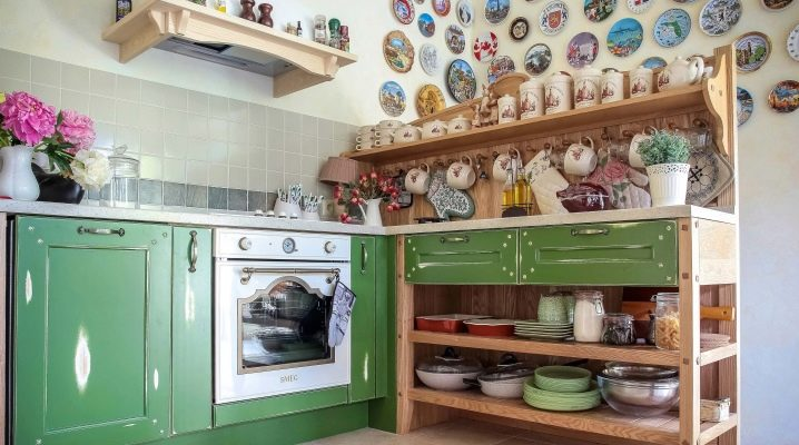 Как сделать полки на кухню своими руками?