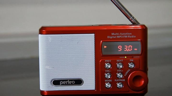 Лучшие радиоприемники: рейтинг радиоприемников с хорошим приемом и звуком для дачи. Обзор мощных моделей со всеми диапазонами