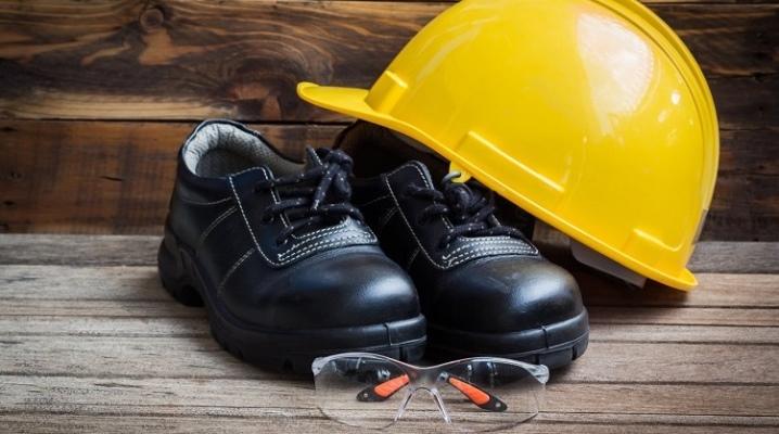 Рабочая и защитная одежда и обувь - чем они отличаются, как выбрать подходящую для работы?