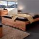 Деревянные двуспальные кровати