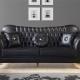 Кожаные черные диваны