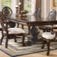 Деревянные столы: преимущества и недостатки