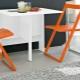 Складные стулья из Ikea – удобный и практичный вариант для комнаты
