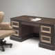 Современные письменные  столы – красивые и практичные варианты для комнаты