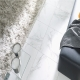 Плитка под мрамор: характеристики и плюсы