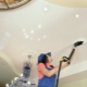 Тонкости мытья потолков