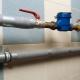 Как устранить конденсат на трубах холодной воды?