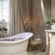 Секреты оформления ванной в стиле «классика»: подбираем мебель