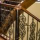 Выбор кованых балясин для лестниц внутри дома
