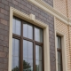 Обрамление окон на фасаде дома: виды материалов и способы оформления