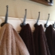 Крючки для полотенец: разновидности и тонкости выбора