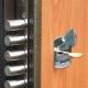 Как правильно поставить замки в металлические двери?
