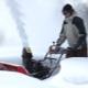 Какими бывают масла для снегоуборщика и как их заливать?