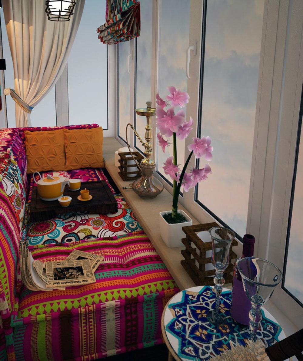 """Спальня на балконе - отличный вариант для романтиков. """" - ка."""