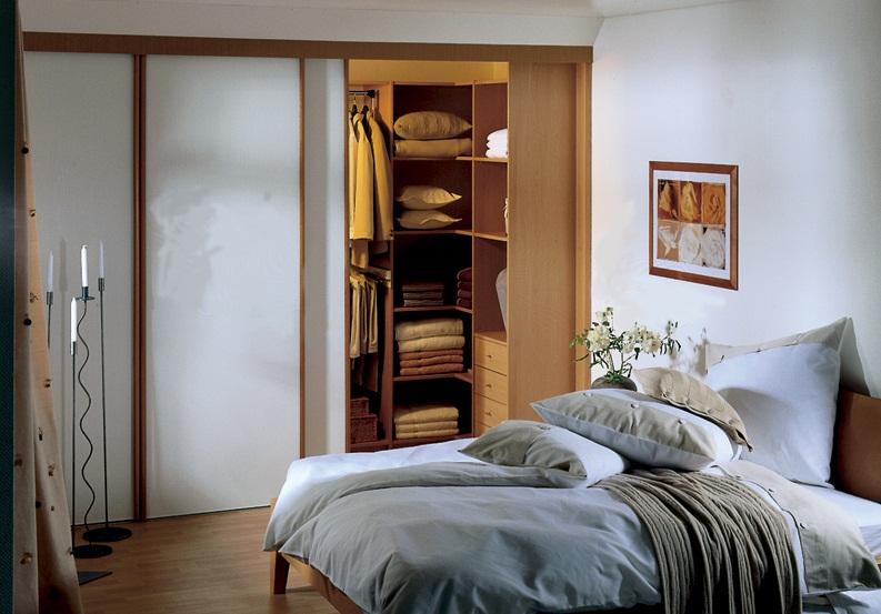 Дизайн спальни с гардеробной в хрущевке
