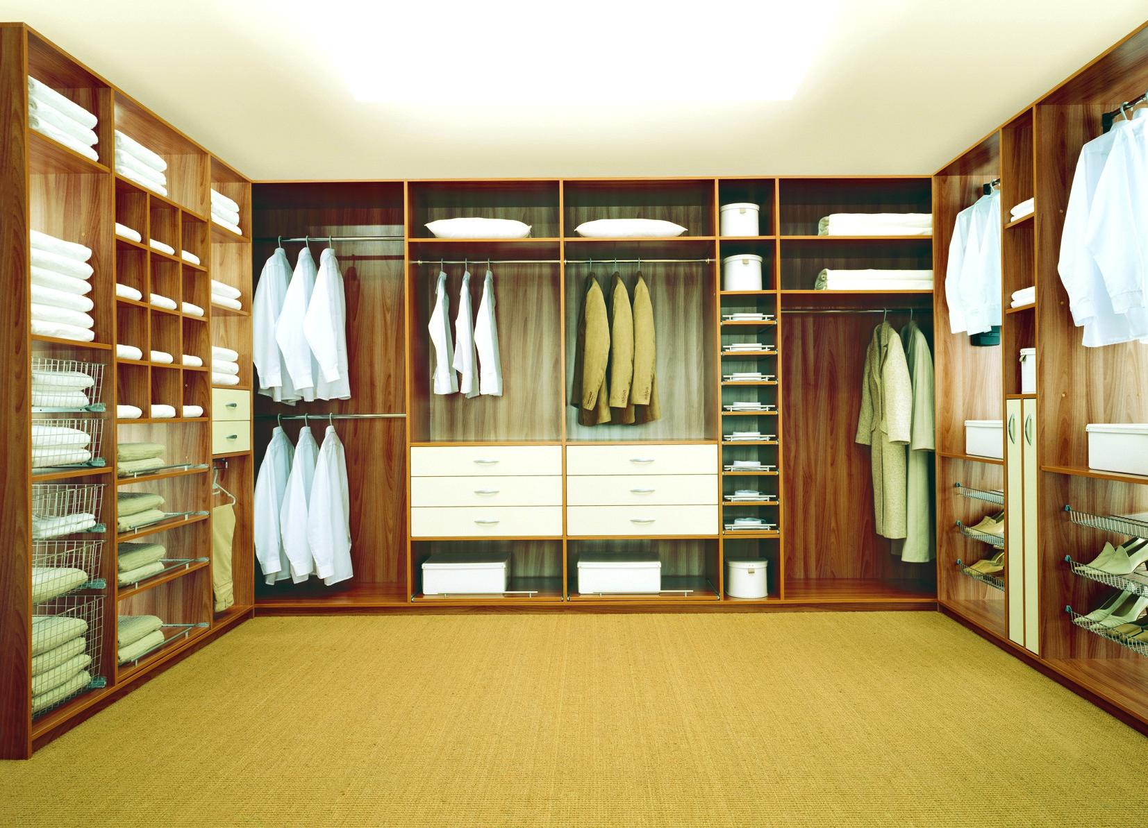 Изготовление гардеробной комнаты вручную стоимость.