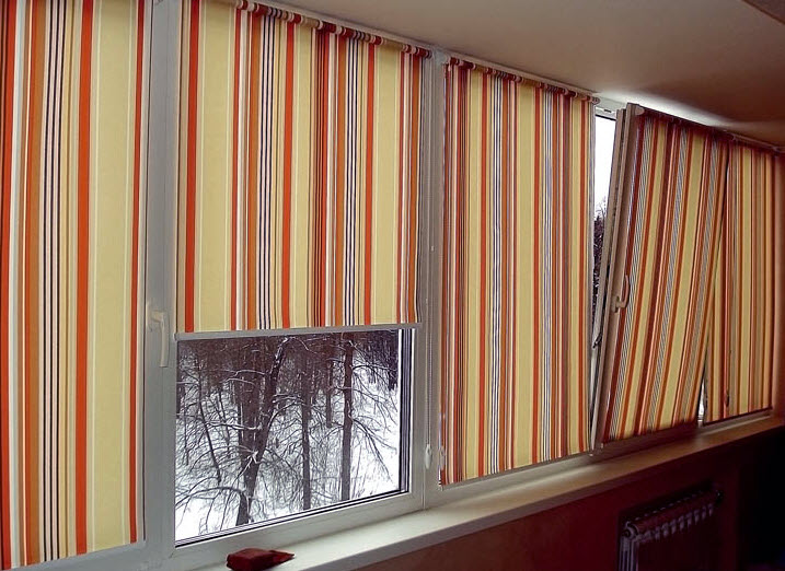 Дизайн жалюзи на балкон