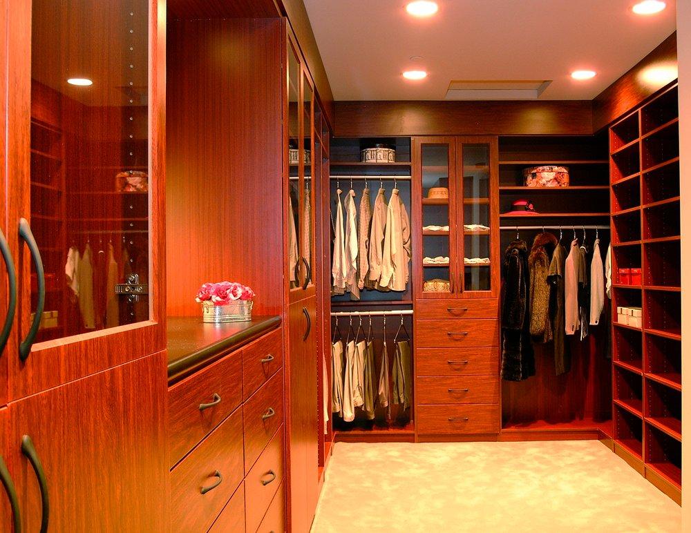 33 интерьера гардеробной комнаты для вашей модной коллекции.