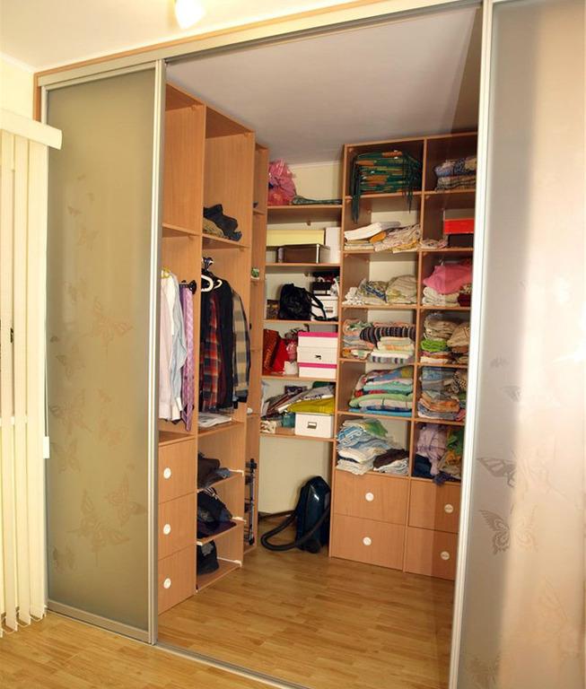 Наполнение для шкафов и гардеробных (84 фото): оборудование .