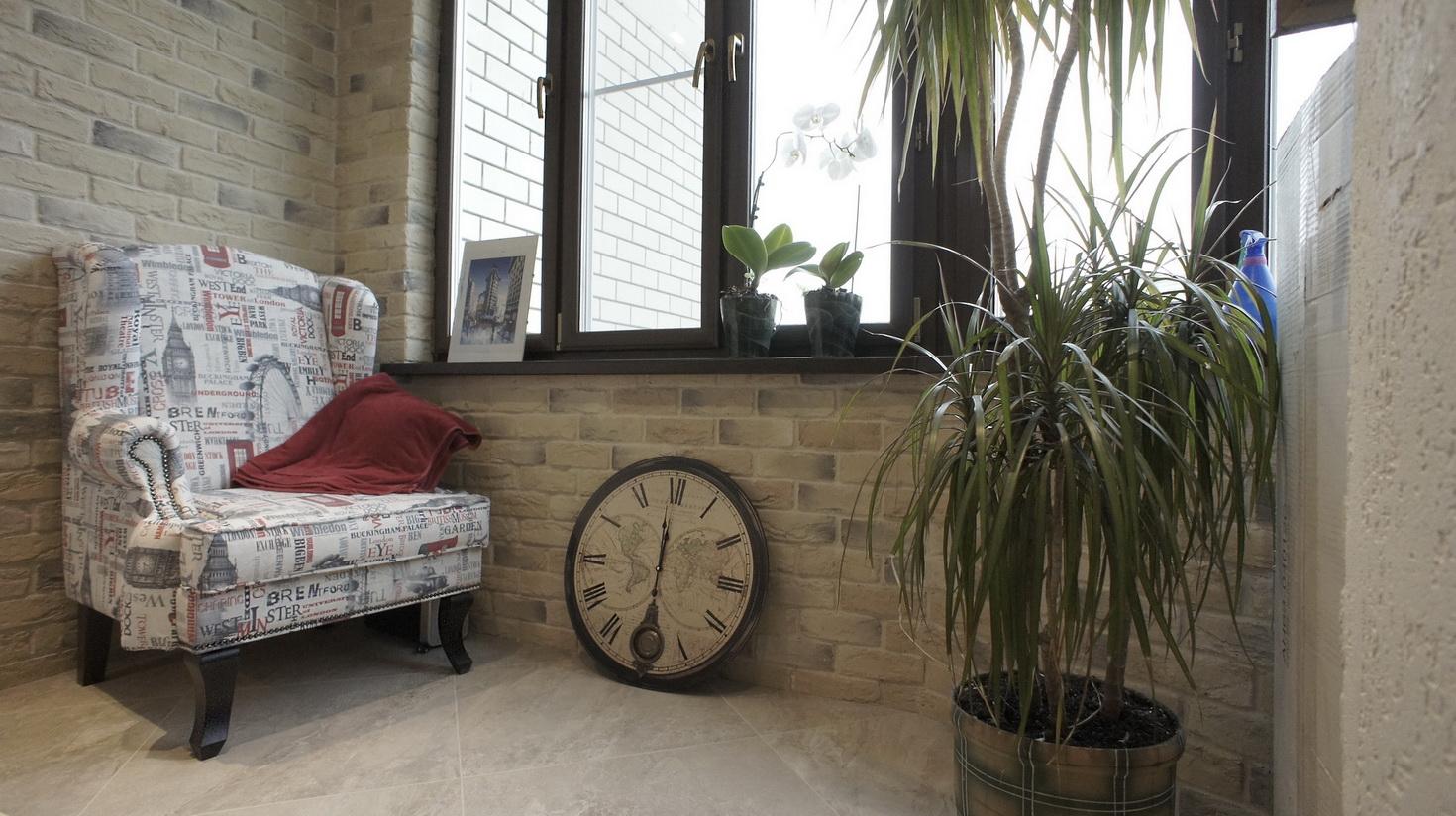 Отделка балконов и лоджий камнем на фото и видео.