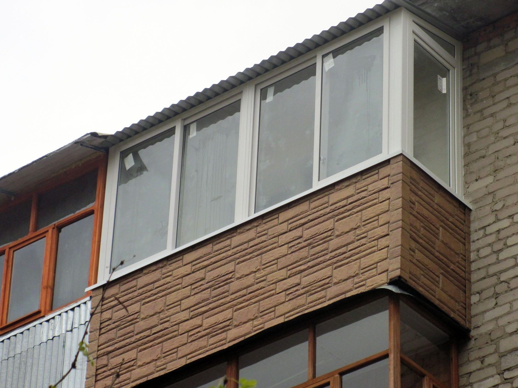 Сайдинг отделка балкона видео.