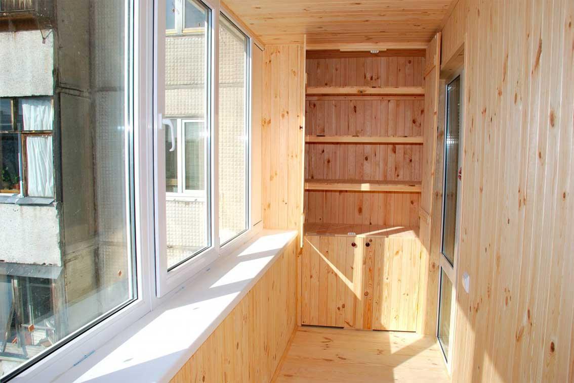 отделка евровагонкой балконов фото