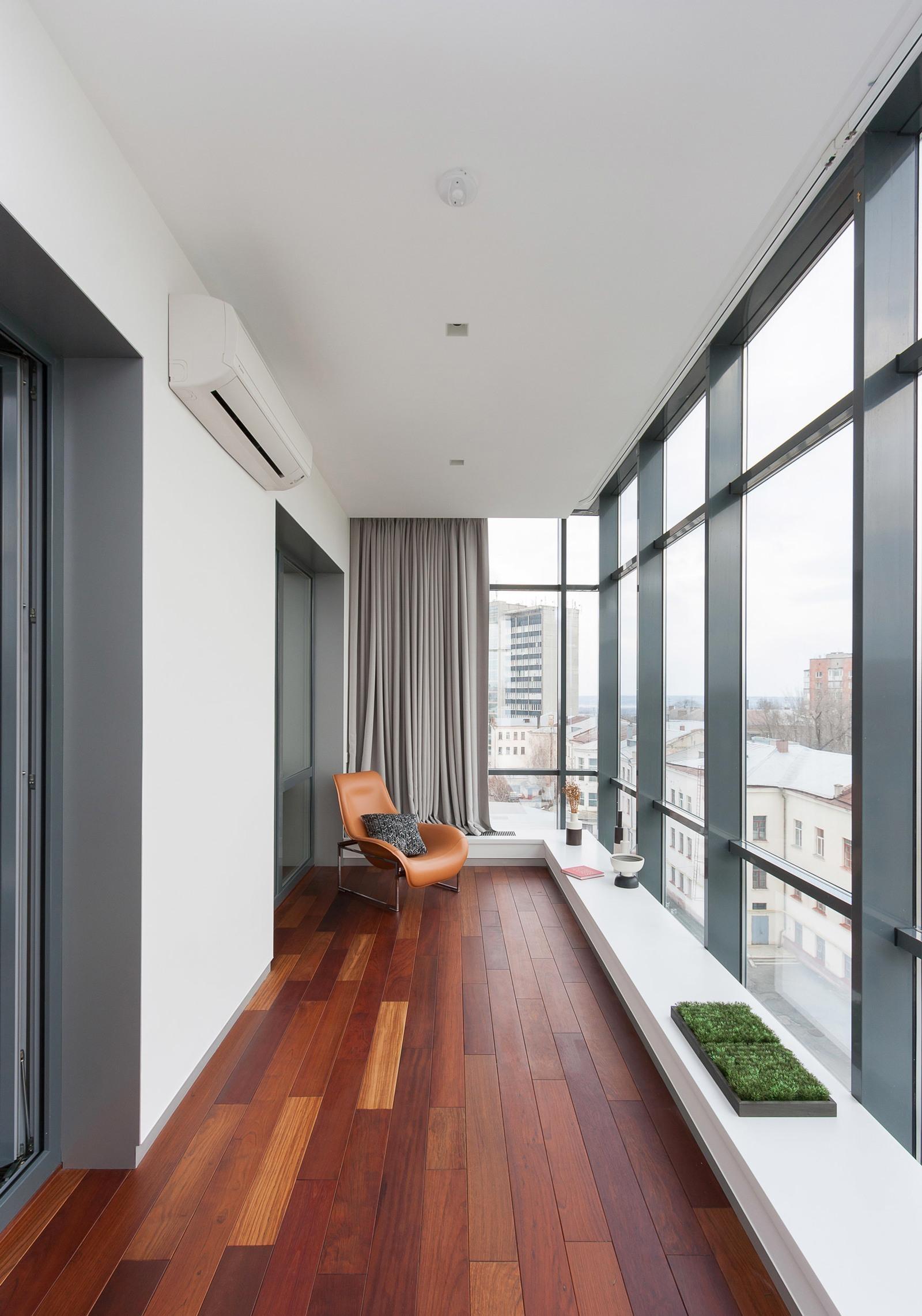Комната на лоджии и мебель для балкона своими руками.