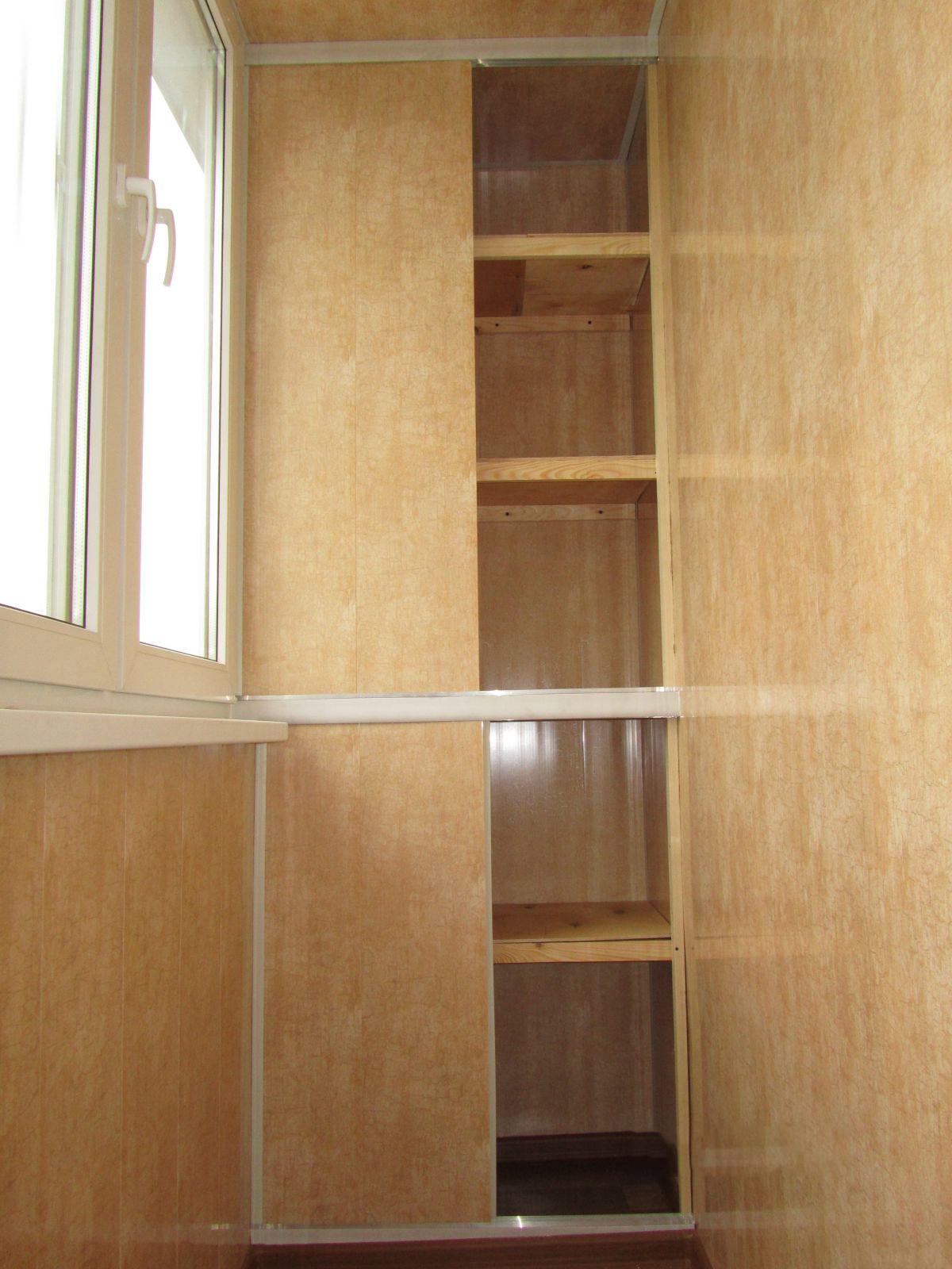 Шкафчик на балкон из пластиковых панелей своими руками