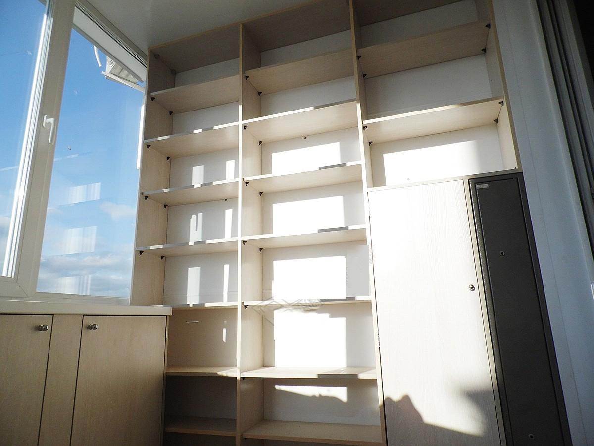 На балкон шкаф (92 фото): купе на лоджию, угловой и с рольст.