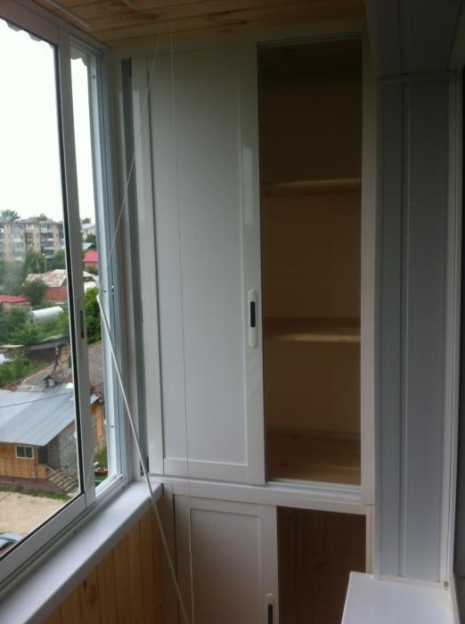 П44т балкон лодочка шкаф на балконе.