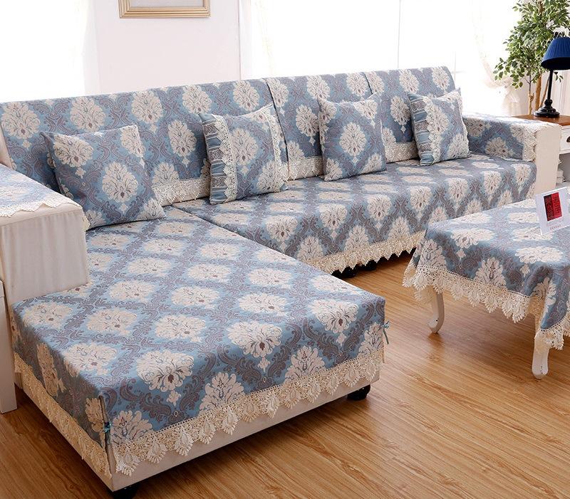Накидка на диван: 30 Идей, как украсить и защитить мебель 62