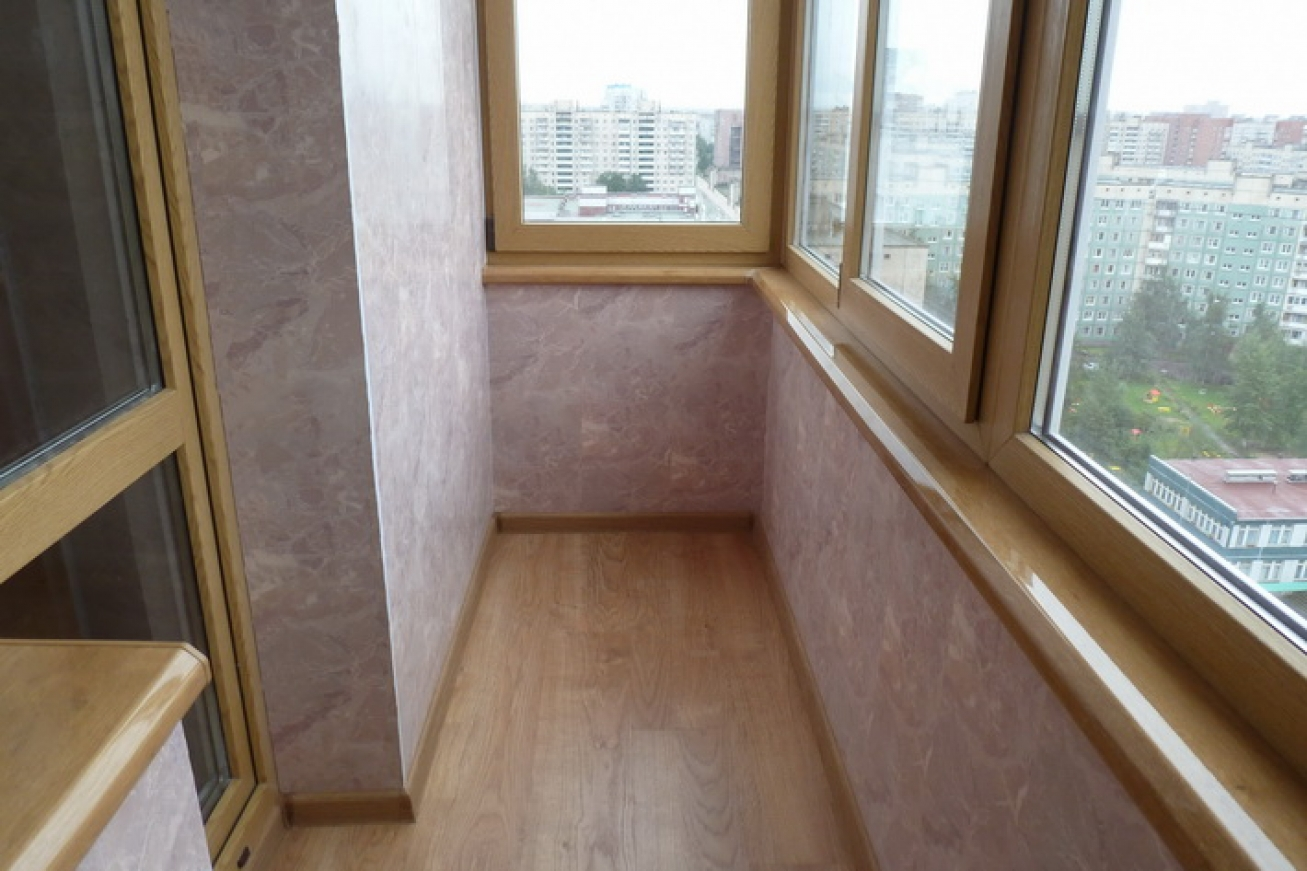 Остекление балкона в хрущевке, вынос балконного остекления, .