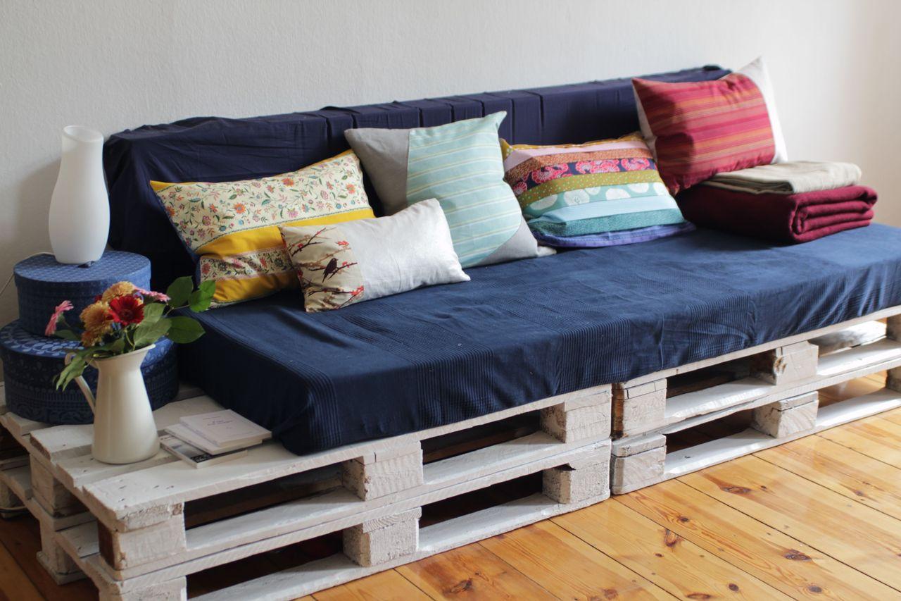 диван для дачи из поддонов