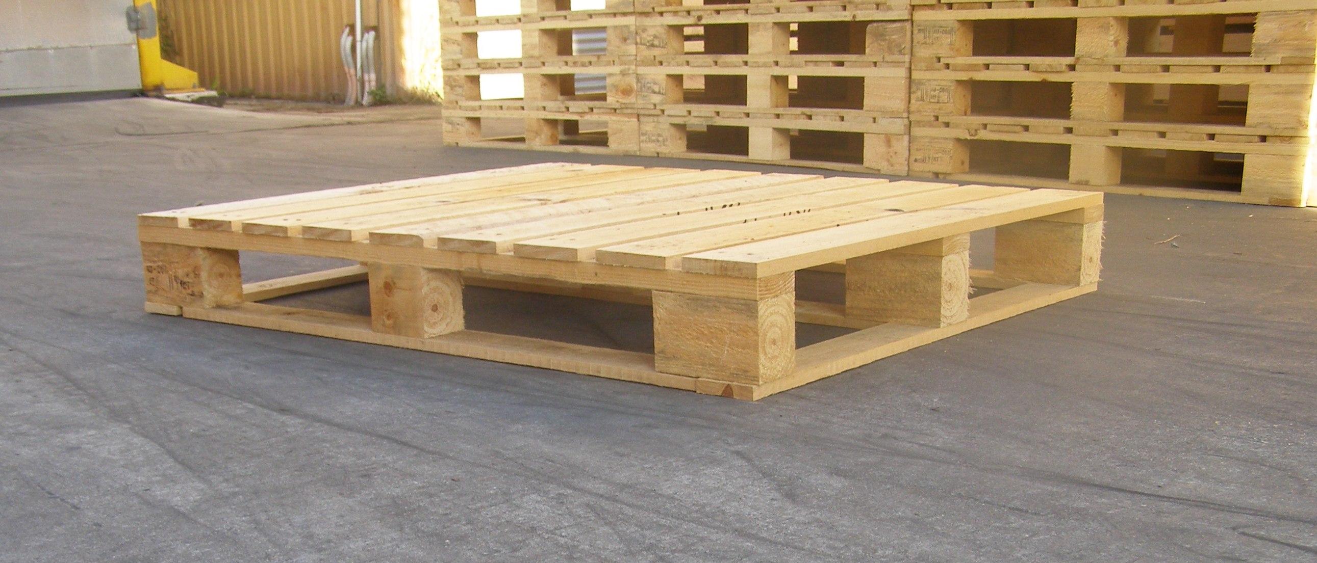 Использование старых деревянных поддонов в быту 31