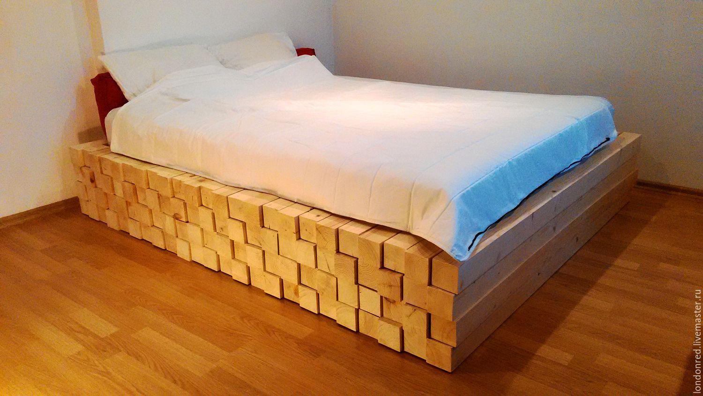 Посмотрите каталоги кроватей самые модные модели это с бортиками.