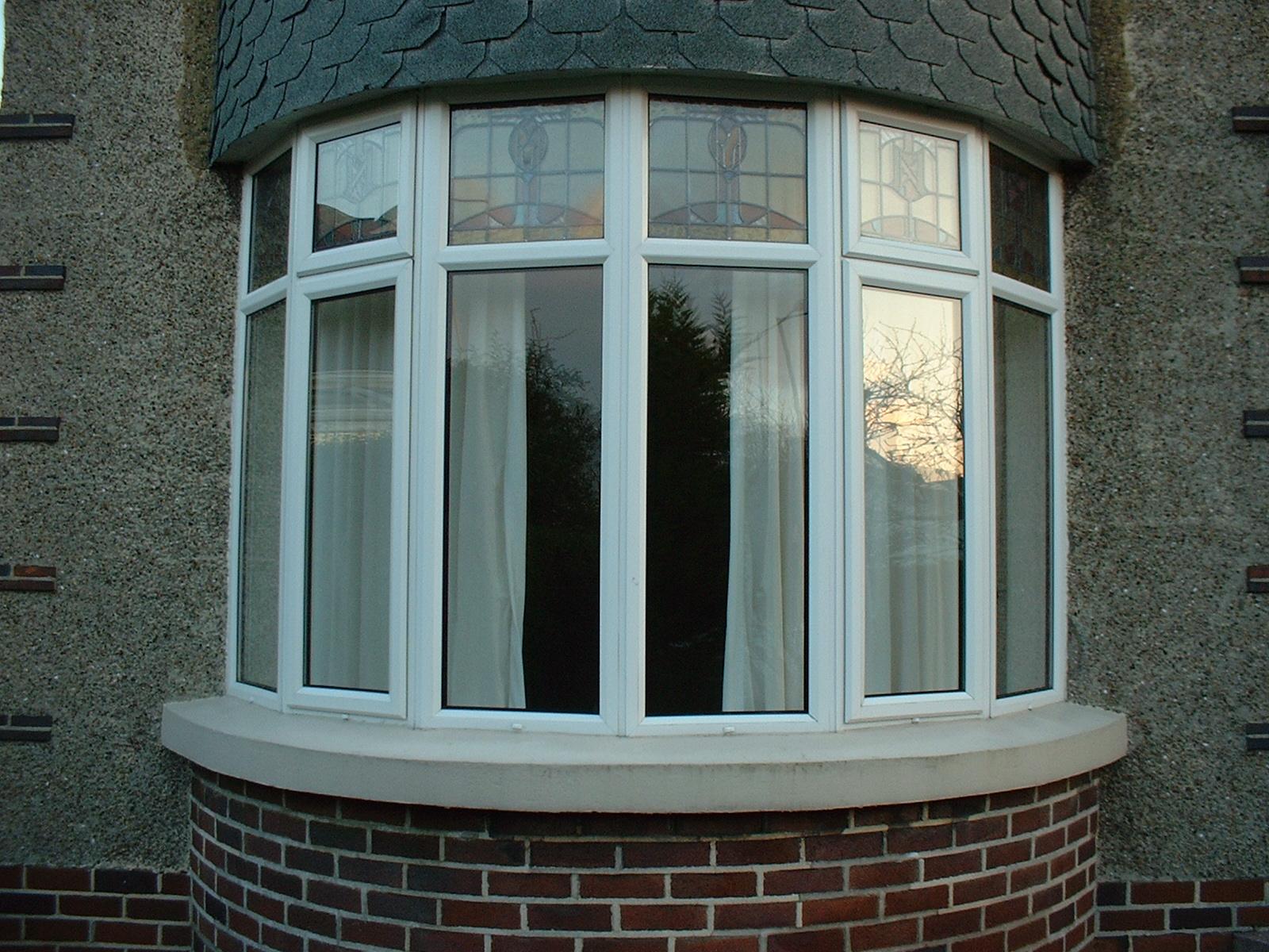 Особенности остекления балкона и лоджии.