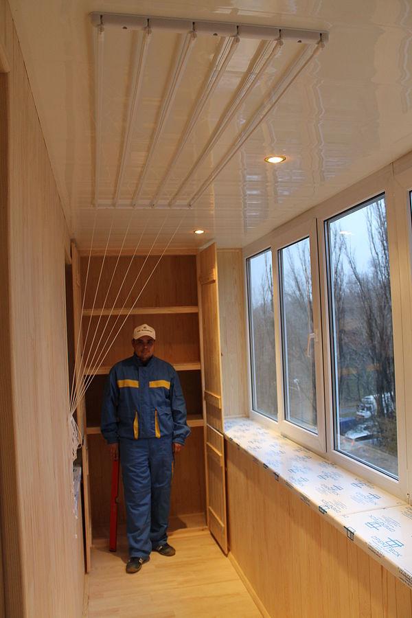 Потолочная сушилка для белья на балкон своими руками 36