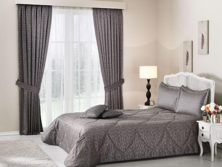 покрывало и шторы в комплекте для спальни фото