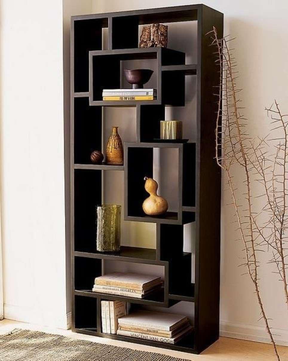 Полки в спальню (30 фото): навесные книжные полки на стену, .