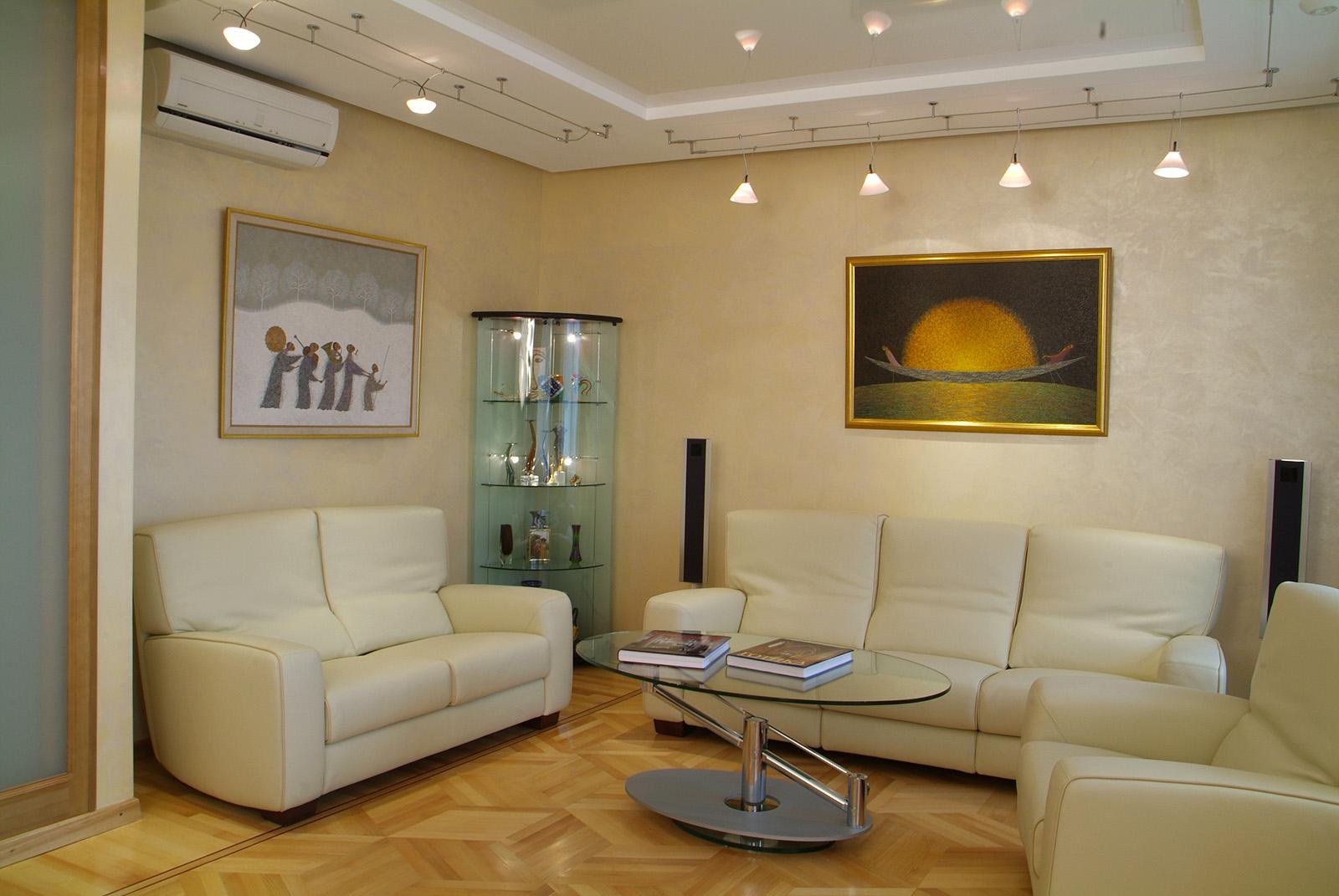 Оформление потолка в гостиной фото своими руками