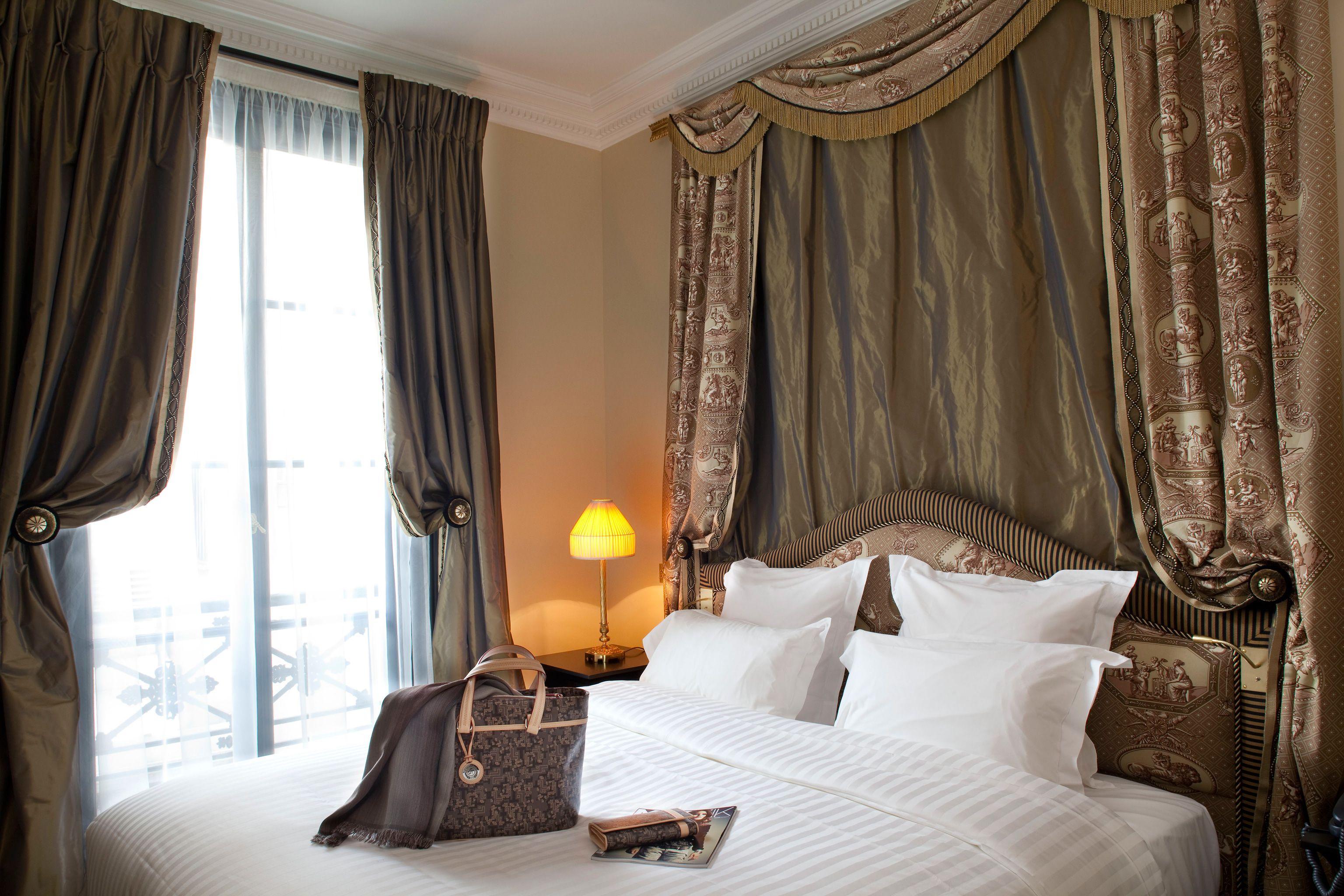 Дизайн штор для спальни: разнообразие вариантов на любой вкус