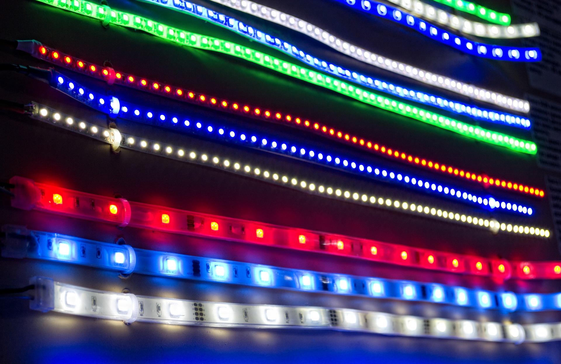Реклама из светодиодной ленты своими руками