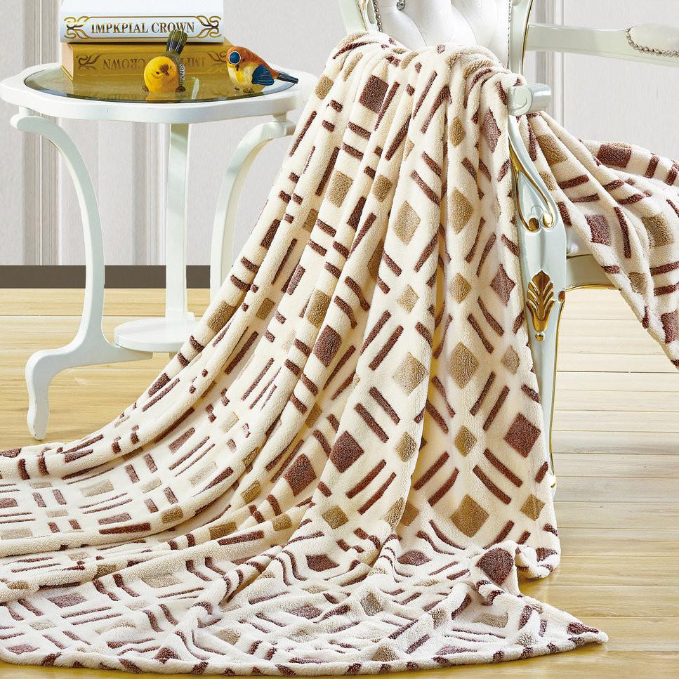 Бамбуковый плед (30 фото): плюсы и минусы, пушистые и с длинным ворсом, эко-бамбука детские и взрослые, особенности ткани 558