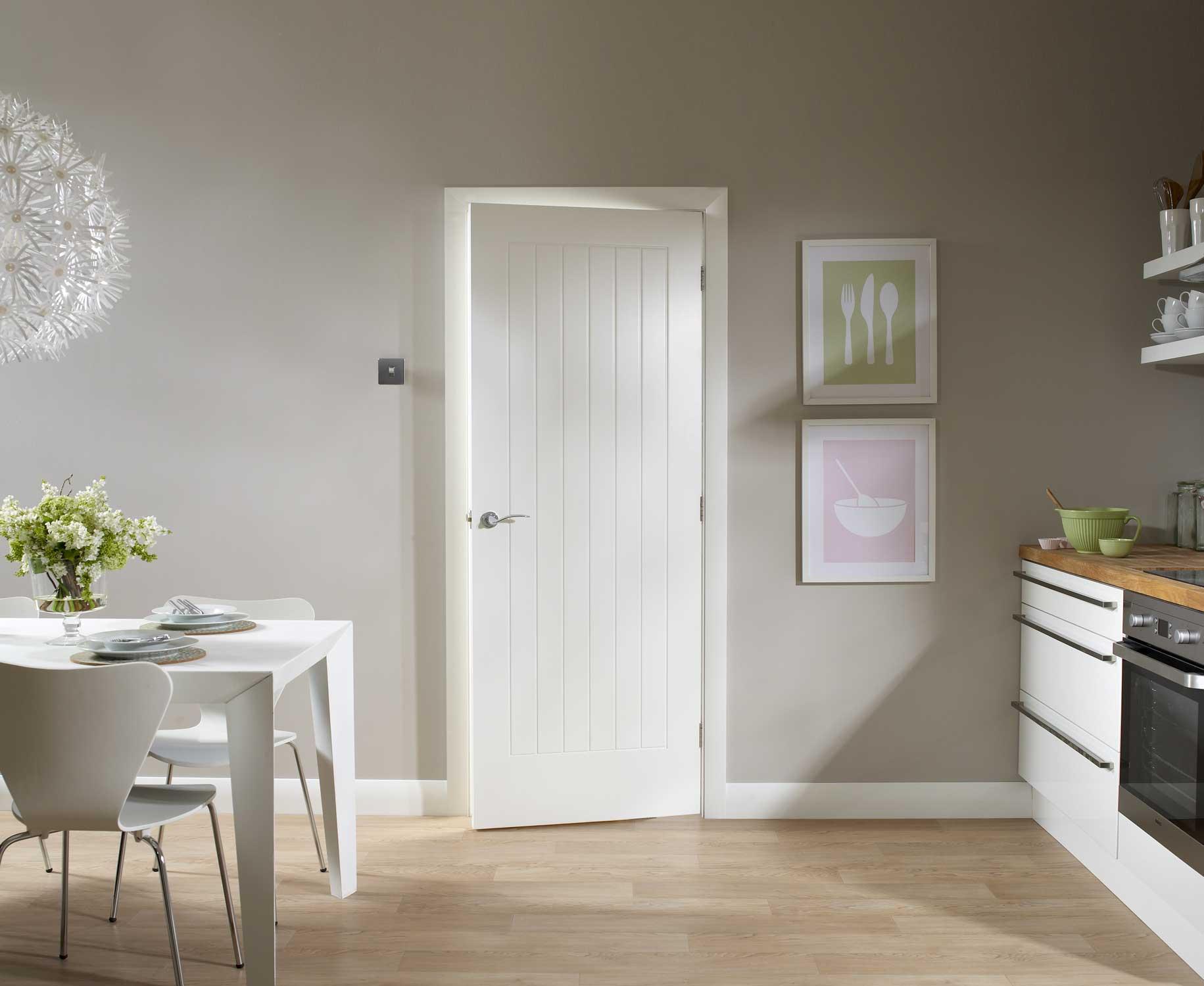 Белые двери 58 фото глянцевые изделия с эмалью в