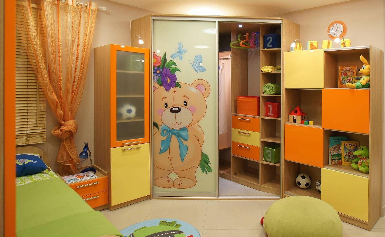 Детская стенка со столом и шкафом (42 фото): письменные и ко.