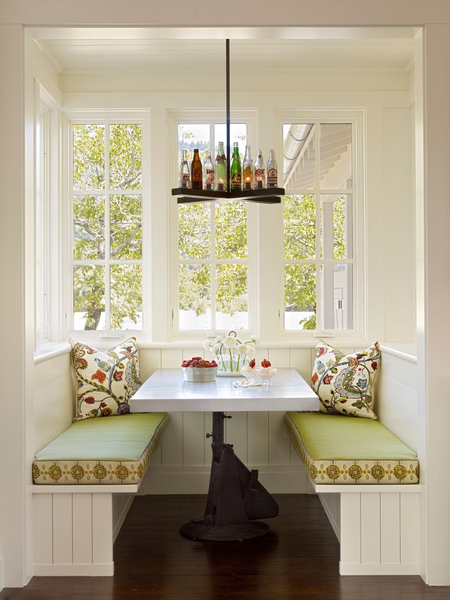 Кухня с эркером: 45 фото красивого оформления пространства.