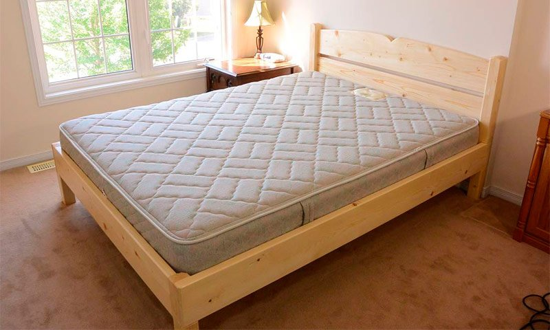 сделать самую простую кровать своими руками