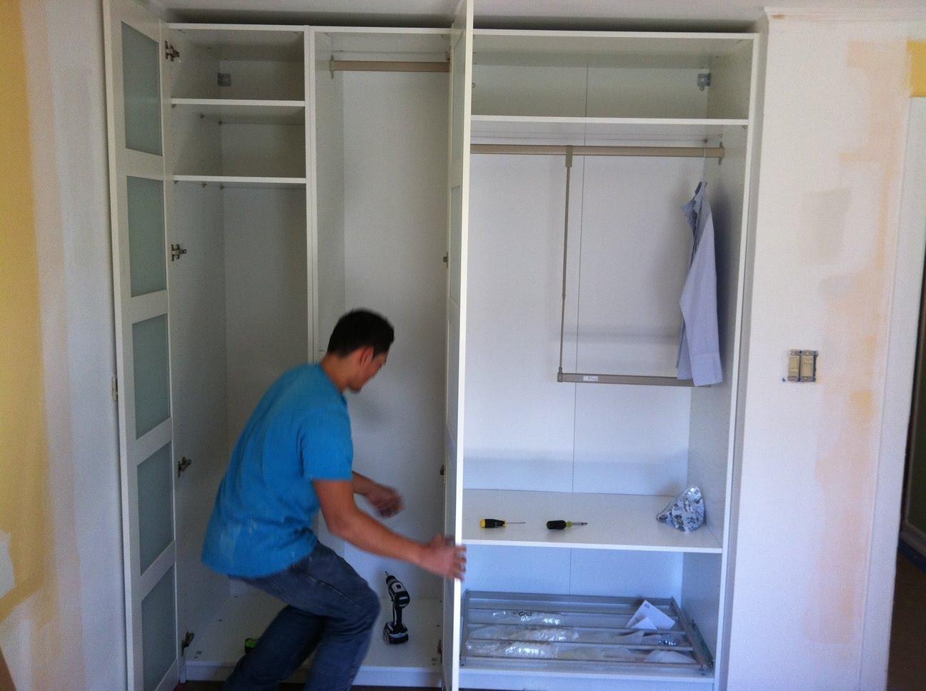Встраиваем шкаф в стену своими руками