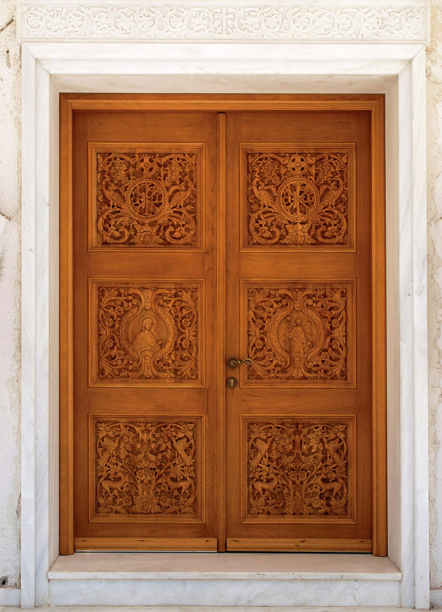 Резные двери из дерева своими руками 17